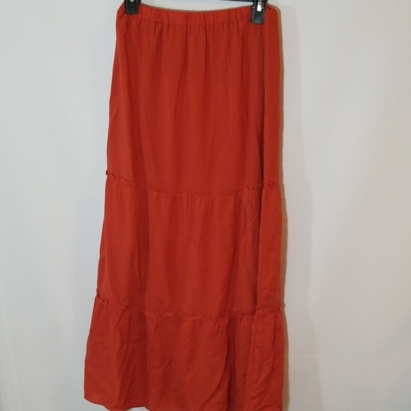 a82545f99aef Forever 21 Dresses & Skirts - Forever 21 tiered maxi skirt